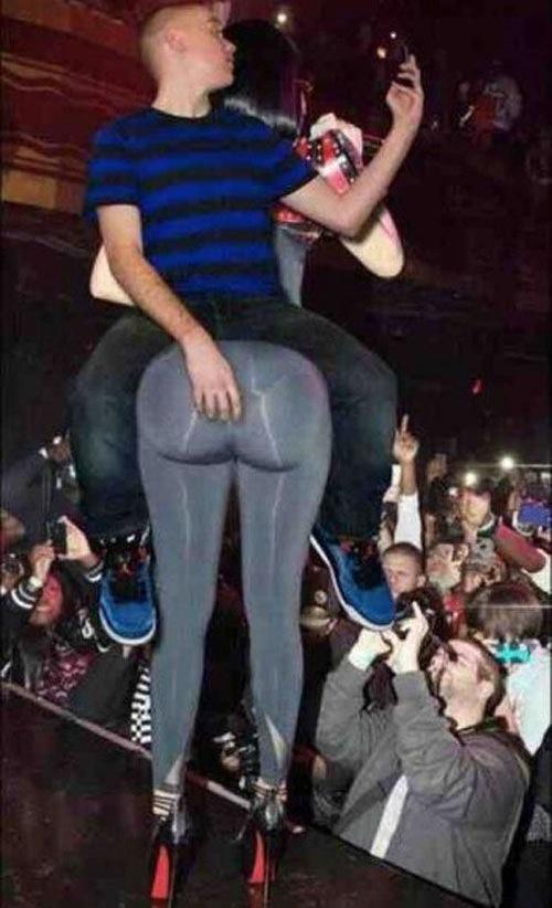 Big Butts In Heels Photo Album - Amateur Adult Gallery