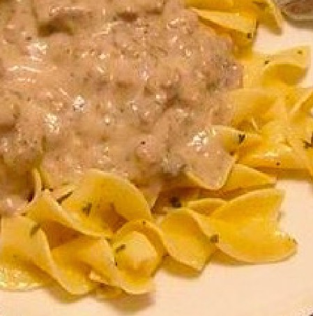White Spaghetti Sauce with Ground Beef - Recipe
