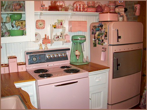 retro kitchen in old fashioned pink style faxo
