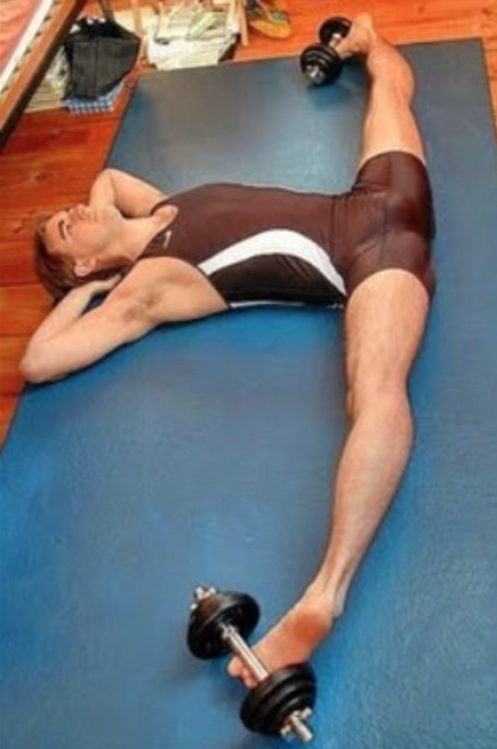 W_y6OcyAVS weight lifting leg split exercises to make you better in bed open