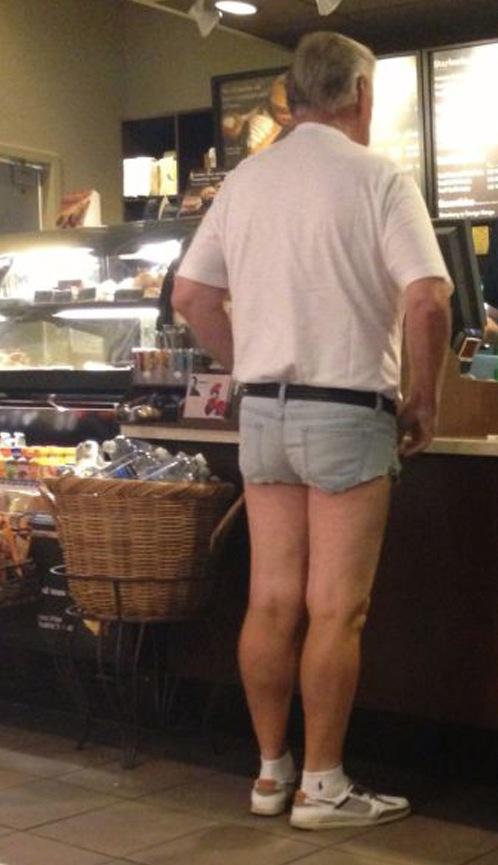 Cut Off Jean Shorts At Starbucks - Jorts Fashion Fail -7523