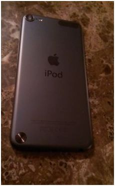 IPOD TOUCH 5TH GENERATION IN BLACK SLATE 32 GB - Classified Ad